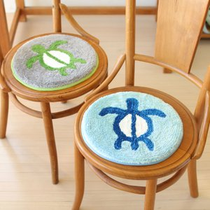 ホヌのチェアパッド 椅子用クッション 海亀の敷きパッド ハワイアングッズ 座布団 丸型|seashells-zakka