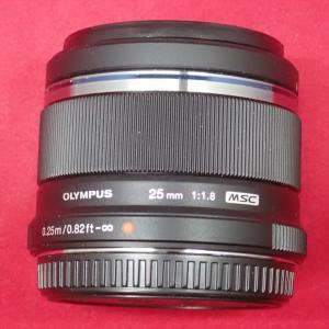 OLYMPUS オリンパス M.ZUIKO DIGITAL 25mm F1.8 マイクロフォーサーズ...