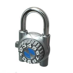 鍵を持たずにすむ便利な南京錠です。 生産国:日本 商品サイズ:幅38×奥行20×高さ62mm 【キャ...