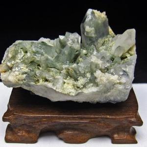 グリーンファントムクォーツ クラスター アメリカ産 パワーストーン 天然石 t126-7442|seian