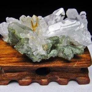 グリーンファントムクォーツ クラスター アメリカ産 パワーストーン 天然石 t126-7444|seian