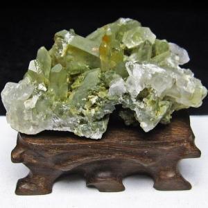 グリーンファントムクォーツ クラスター アメリカ産 パワーストーン 天然石 t126-7467|seian