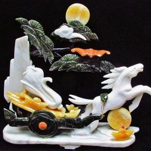 3.4Kg 漢白玉 トパーズ 手彫り 開運 天を駆る馬 彫刻品 置物 同梱不可 パワーストーン 天然石 t768-1233|seian