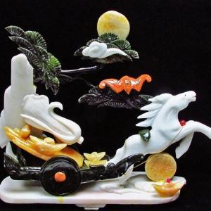 3.2Kg 漢白玉 トパーズ 手彫り 開運 天を駆る馬 彫刻品 置物 同梱不可 パワーストーン 天然石 t768-1234|seian