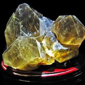3.4Kg ゴールドタイチンルチルクラスター パワーストーン 天然石 k7-22|seian