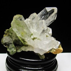 グリーンファントムクォーツ クラスター アメリカ産 パワーストーン 天然石 t126-7390|seian