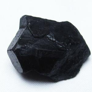 ブラックトルマリン入り ヒマラヤ 原石 t218-1668|seian