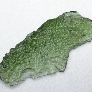 モルダバイト 原石 t525-1570 seian
