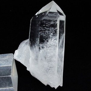 アーカンソー州産 水晶クラスター t619-4717|seian