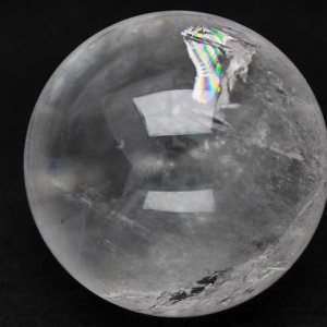 ヒマラヤ水晶 水晶玉 天然 置物 丸玉 65mm 虹入り パワーストーン 天然石 t62-13080|seian