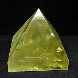 1.6Kg シトリン水晶ピラミッド パワーストーン 天然石 t648-3269|seian