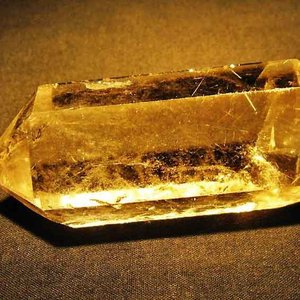 ルチルクォーツ(金針ルチル水晶) 六角柱 t725-1487|seian