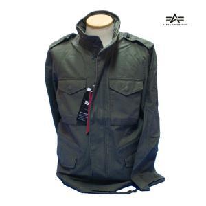 過去50年以上にわたって陸軍で愛用されているフィールドジャケットM-65 そのノウハウをふんだんに盛...