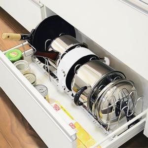 伸縮式鍋フライパン収納ラック| スッキリ整理 フライパンラック 鍋収納 キッチン収納 ワイド おしゃれ 収納雑貨 調理器具 インテリアラック 調理器 スタンドの写真