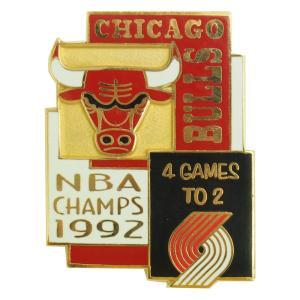 NBA 6-Time チャンピオン シリーズ 1992 ブルズ vs ブレイザーズ ピンバッジ レアアイテム|selection-j