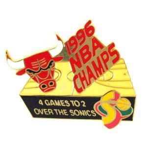 NBA ブルズ 1996 NBA チャンピオン記念 ピンバッジ ブルズ VS スーパーソニックス 4 ゲームス トゥ 2 PSG レアアイテム|selection-j