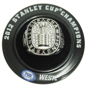 NHL キングス 2012 スタンレーカップ レプリカ チャンピオン リング  レアアイテム|selection-j