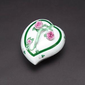 ヘレンド ウィーンの薔薇 ハートボックス|selectors