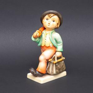 ゲーベル フンメル人形 『Merry Wanderer(陽気な放浪者)』 selectors
