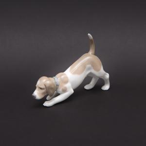リヤドロ フィギュリン 匂いを嗅ぐ犬|selectors