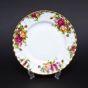 """""""最も英国的な王室御用達のテーブルウェア""""と称されるロイヤル・アルバートの代表作、オールドカントリー..."""