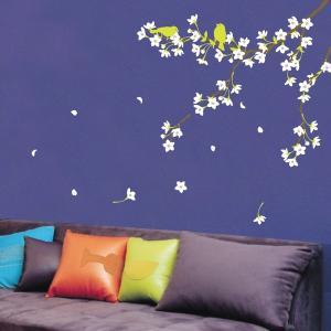 ウォールステッカー 壁 花 桜と雲雀 貼ってはがせる のりつき 壁紙シール ウォールシール 植物 木 花 アジアン リメイクシート|senastyle
