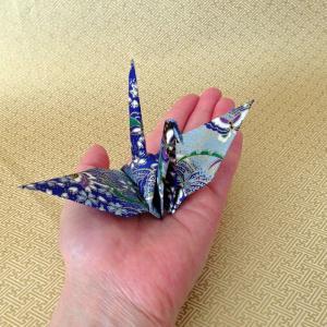 友禅千代折り鶴Lサイズ 10羽(15cm角千代紙使用)おもてなしアイテム 箸置き|senbanotsuru|03