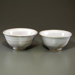 ■特徴 藁灰釉の白さと土味を生かした上品な色・形です。毎日お使いいただきたい一品です。 在庫数以上を...