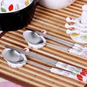 [韓国雑貨]韓国の食卓ならでは 華やかな木の葉で描いてる お箸とスプーン[韓国食器][可愛い][かわいい][韓国 お土産]13K215020619657|seoul4