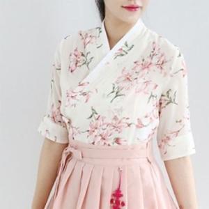 [韓国雑貨]=DAILY HAN = 普段使いする韓服 8部袖チョゴリ ≪赤ユリ≫[ファッション][韓国 お土産][可愛い][かわいい][セクシー]|seoul4
