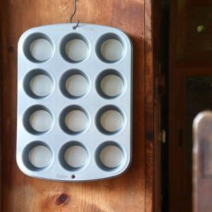 【大特価30%OFF】Wilton ウィルトン レギュラーマフィンパン 12個タイプ 手作り お菓子作り 製菓道具 マフィン ケーキ カップケーキ おうち時間 stay home|sessuimura