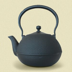 南部鉄器製 鉄瓶 なつめ形 あられ|shibokusansou