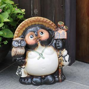 信楽焼 11号ふくろう付きタヌキ  福を呼ぶ縁起物 たぬき タヌキ 陶器 狸 開運 厄除け 商売繁盛 たぬき置物  名前入れ フクロウ ta-0119|shigaraki