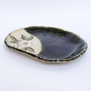 美濃焼のフルーツ皿としても使える取皿です サイズ:W16×D12.5×H2cm 材質:土物 日本製(...