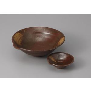 刺身皿と醤油小皿のセット。多彩な料理に対応できる業務用和食器です。 サイズ:片口向付:W16.5×H...