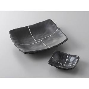 サイズ:焼物皿W17×D15.2×H3.7cm     小皿W9×D7.5×H3cm 材 質:磁器 ...