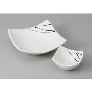 刺身皿と醤油小皿のセット。多彩な料理に対応できる和食器です。 サイズ:刺身鉢:W16×D16×H5....