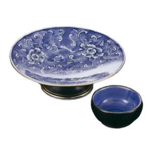 一面に描かれたの牡丹の花が映える刺身鉢と醤油小皿のセットです。  内容:刺身鉢×1、小皿×1 サイズ...