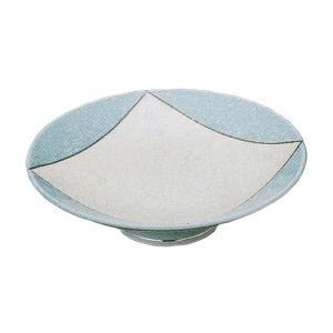 爽やかなブルーの個性的なデザインの刺身皿です。お揃いの醤油小皿もご用意しています。 刺身や揚げ物など...