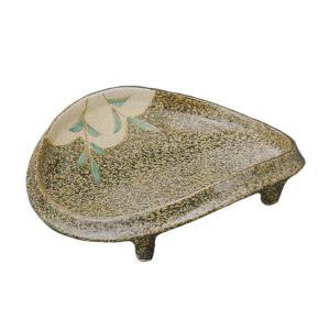 どっしりと落ち着いた色に芦の絵が描かれた刺身皿です。お揃いの醤油小皿もご用意しています。 刺身や揚げ...