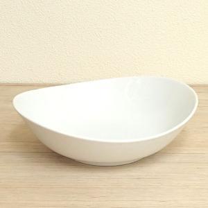 カレー皿 パスタ皿 白 24cm オーバル エッグボウル おしゃれ 洋食器 業務用 美濃焼 9d62...