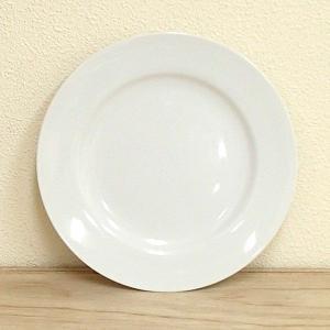 シンプルでプレーンな白いパン皿です。業務用食器として、定番デザインのシンプルで使いやすいプレートです...