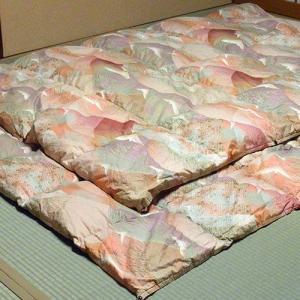 【セミダブル】柏屋旅館オリジナル二枚合わせ羽毛掛け布団、2枚重ねで冬も暖か|shimaonsen