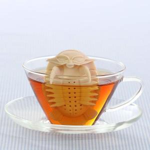 カロラータ アニマル 茶こし (ダイオウグソクムシ) シリコン 動物 ティーストレーナー 食洗機可能 ティーインフューザー 約5.3×8.5|shimizunet004
