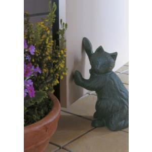 ガーデン雑貨 猫の置物ドアストッパー ストレッチングキャット|shioken