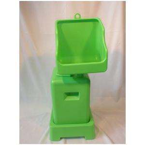 従来の簡易トイレに改良を加え、排出時の悪臭を最大限に抑えることに成功した商品です。 建築現場だけでな...