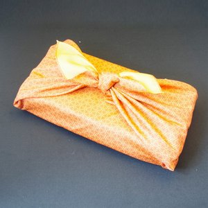 贈り物を豪華に飾ります 風呂敷包装 ※単独での購入はできません shiromura