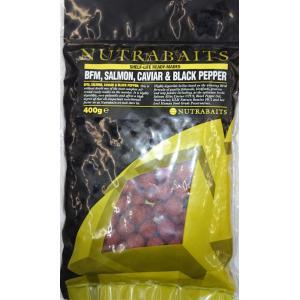 鯉釣りエサ NUTRABAITS BFM salmon caviar & black pepper ニュートラベイツ ボイリー15mm 400g (BFMサーモンキャビア&ブラックペッパー)|shizenmankituya