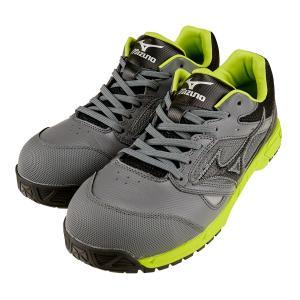 足にあたるベロ(甲部分)、インソール、履き口まわりがソフトな履きごこち。 丈夫な履き口は人工皮革で補...