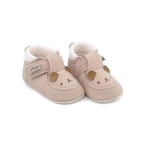 アニマルモチーフをふわふわパイルで仕上げたファーストシューズ。初めての靴を履くことが楽しくなるように...